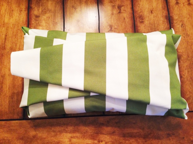 diy fabric pillow