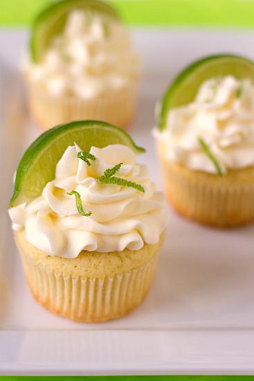 cinco cupcakes