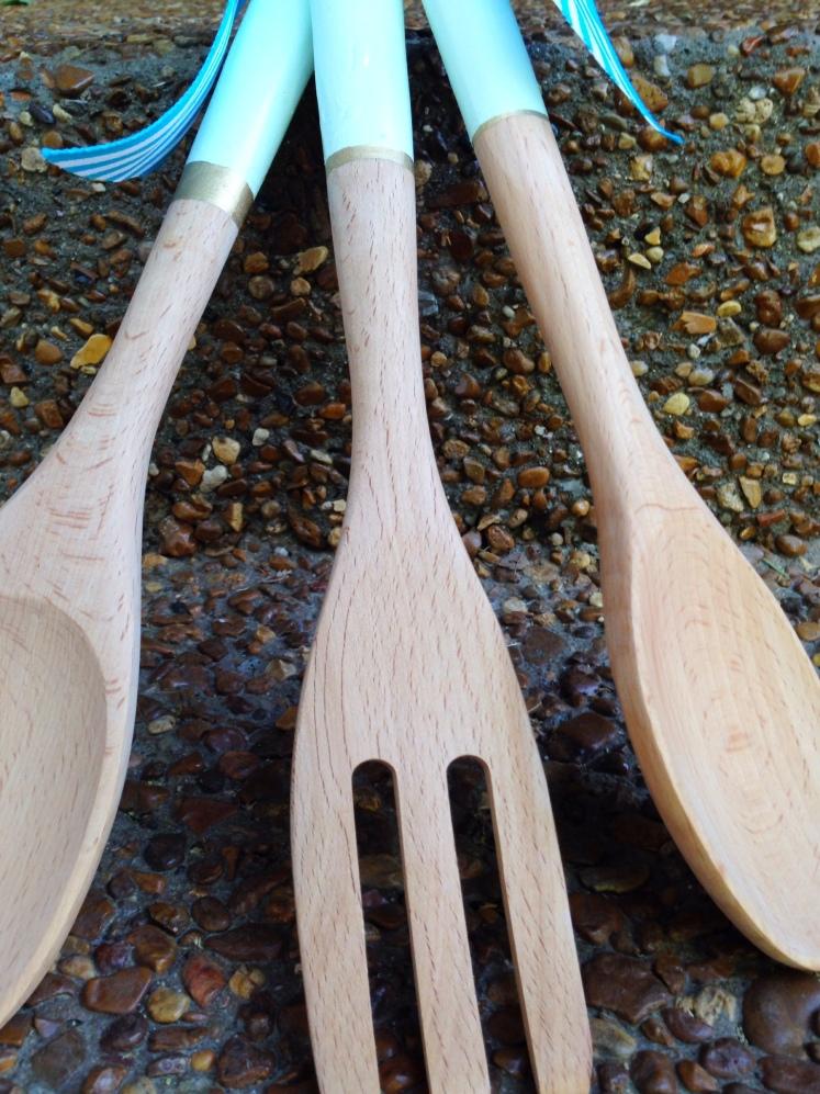 diy paint dipped utensils